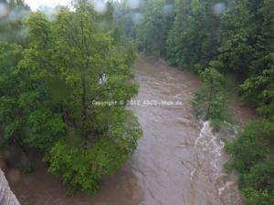 Hochwasser Halbsbach rechts
