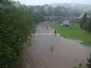 Hochwasser Halsbach links
