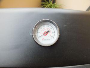 Landmann 12441 Atracto Lavastein-Gasgrill Temperatur Anzeige