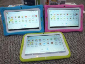 Blaupunkt 4 Kids Android Tablet mit und ohne Schutzhülle in den Farben Rosa und Blau