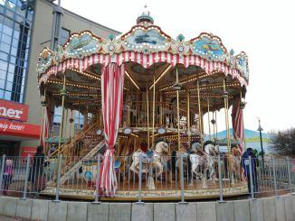 Nostalgisches Karusell Chemnitz mit 2 Etagen