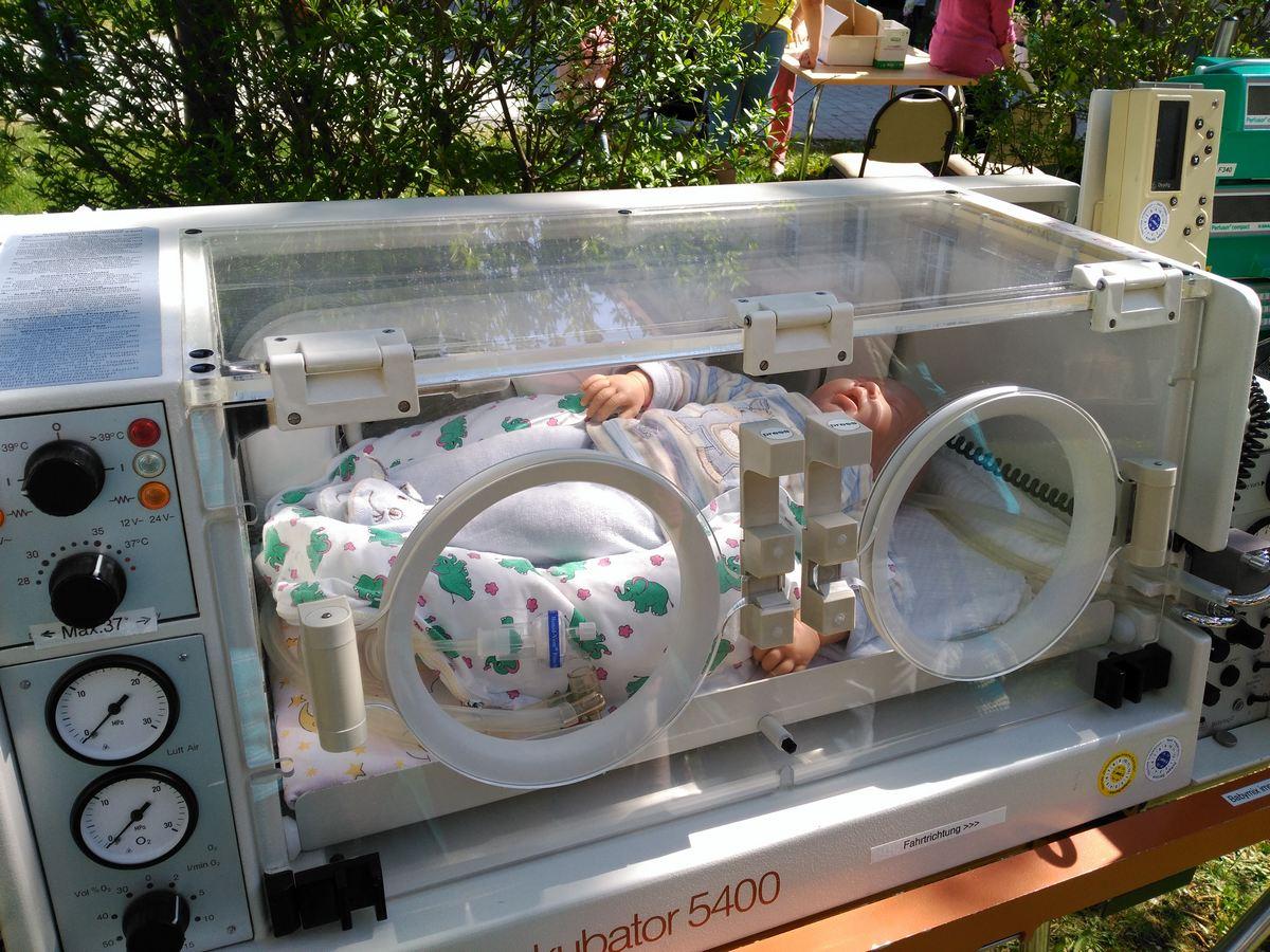 Frühchen Inkubator